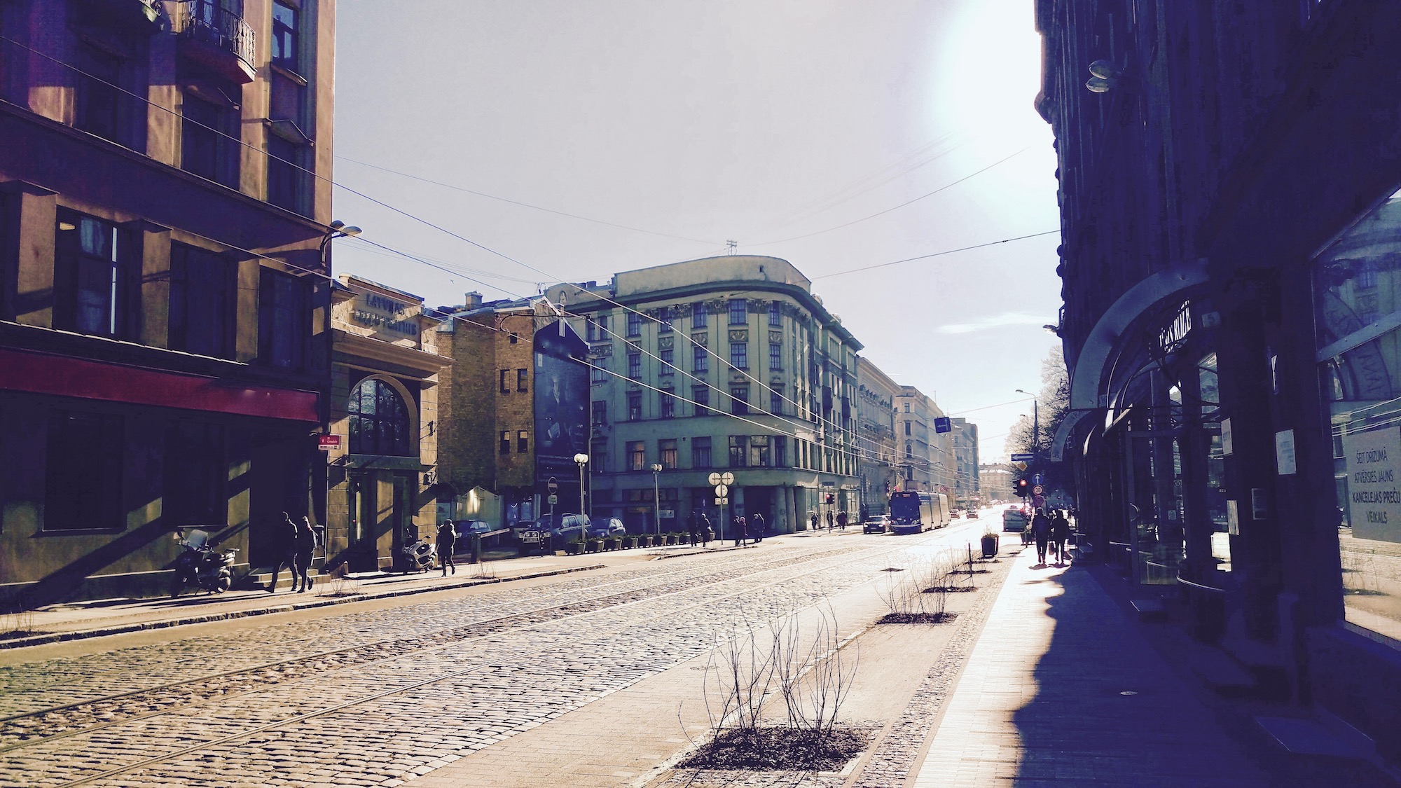 Barona street with it's tram line makes it more green