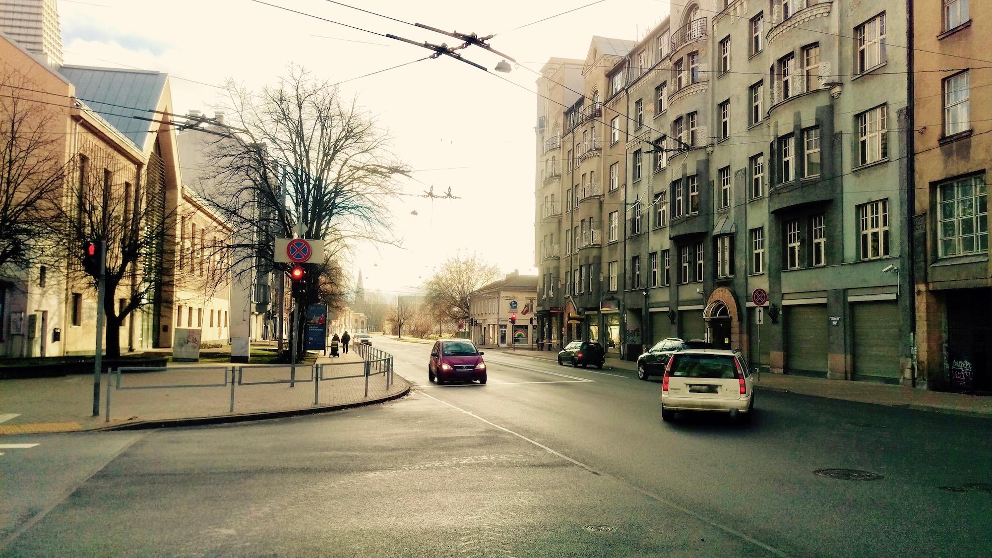 Crossing of Lācplēša and Avotu street