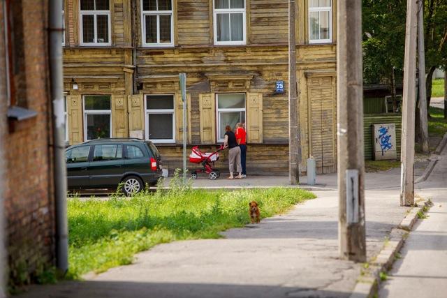 sarkandaugava-neighborhood-riga-street