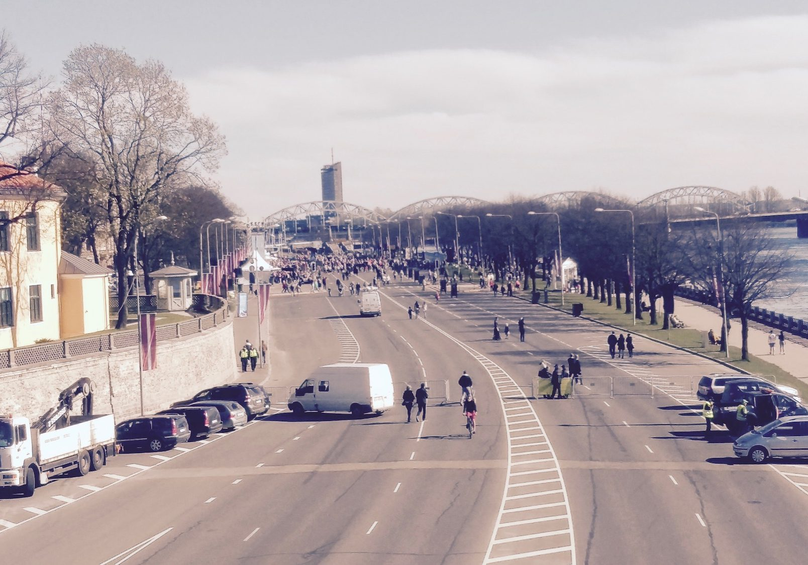 The Embankment of November 11, one of the most important streets