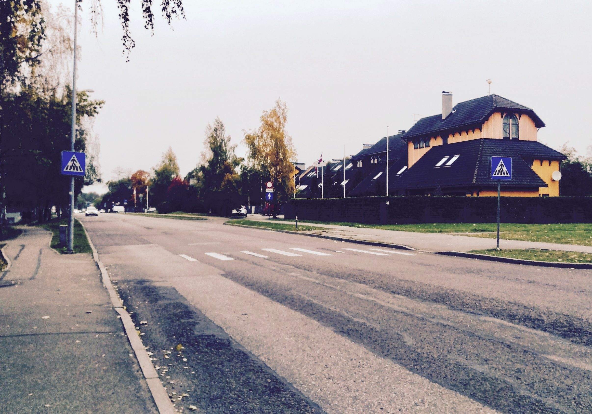 Ķīpsalas street in the Kipsala
