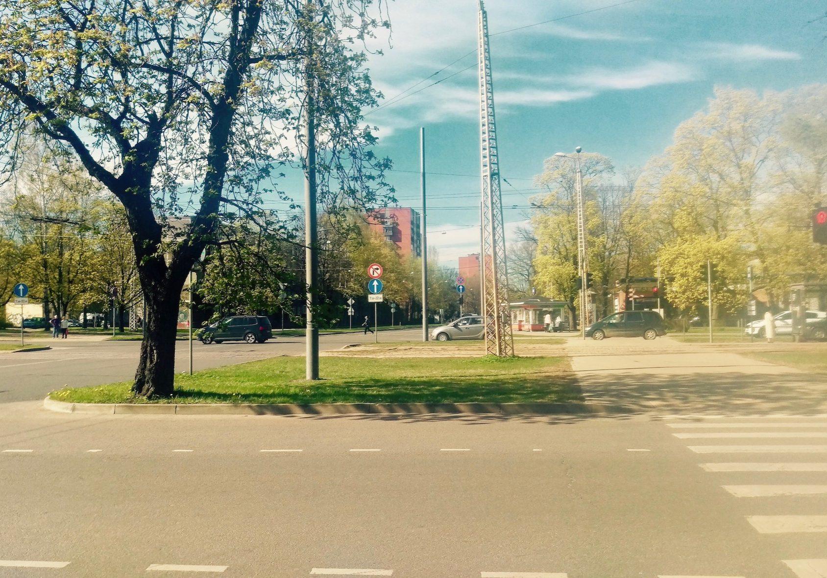 Intersection of Jurmalas gatave and Dzirciema street
